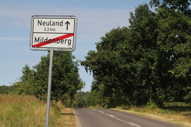 Zwischen Mildenberg und - ja wirklich - Neuland liegt ... (Bild: Jörg Thoma/Golem.de)