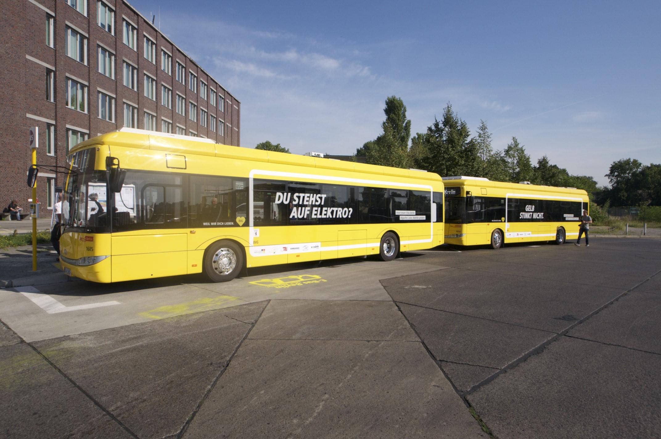 Bombardier Primove: Die BVG hat Probleme mit ihren Berliner Induktionsbussen - Abfahrbereit am Morgen des 31. August 2015. Die Busse... (Foto: Andreas Sebayang/Golem.de)