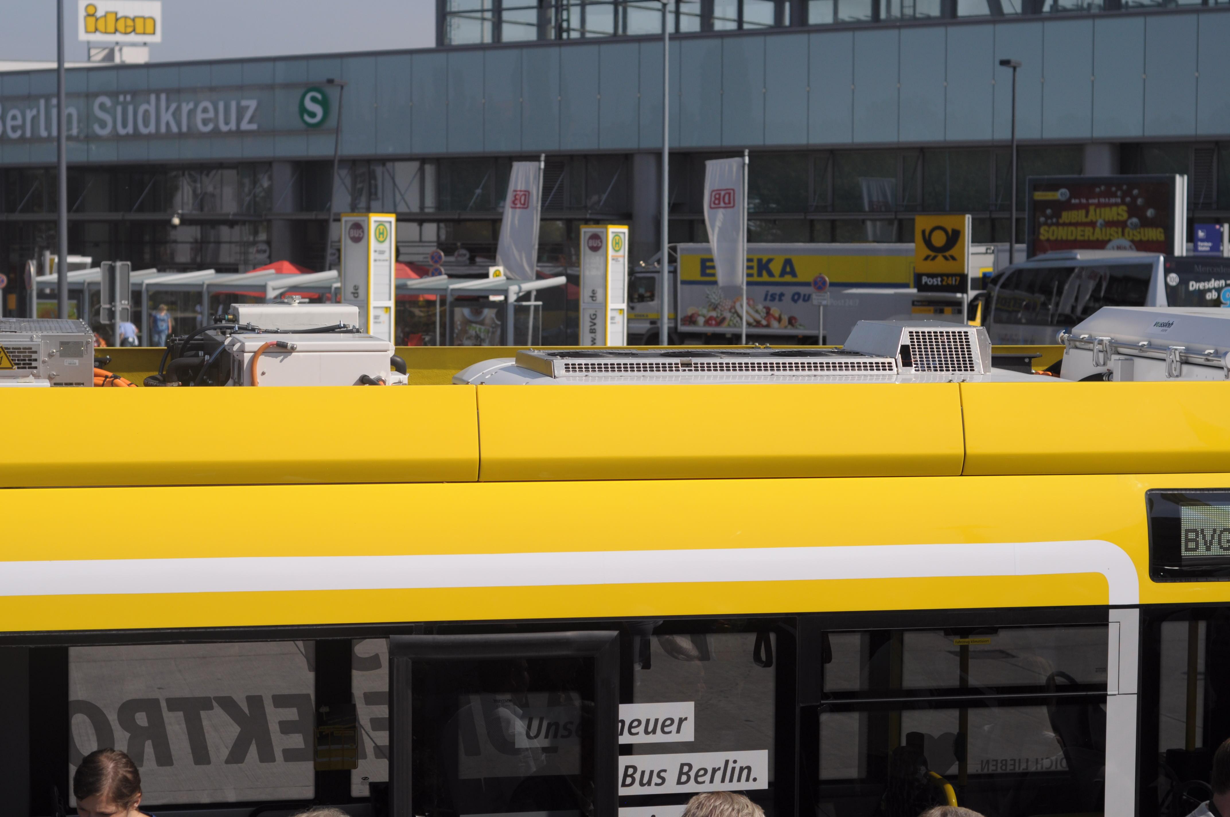 Nahverkehr: Hamburg und Berlin kaufen gemeinsam saubere Busse - Denn bei Eindeckern wird fast alles ... (Foto: Andreas Sebayang/Golem.de)