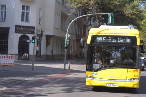 nach kurzschl ssen berliner induktionsbusse fahren nach langem ausfall wieder. Black Bedroom Furniture Sets. Home Design Ideas