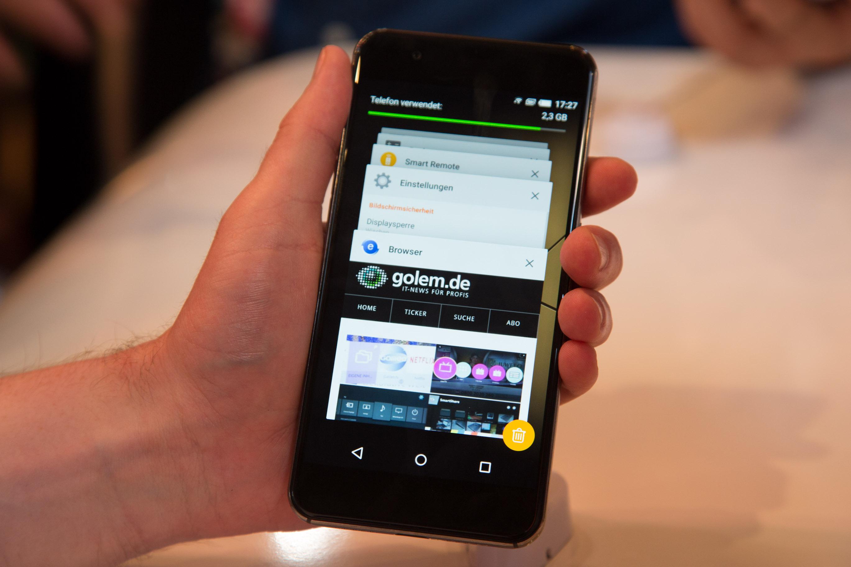 Me Pro im Hands on: Gigasets Einstieg in den Smartphone-Markt - Gigasets Me Pro (Bild: Martin Wolf/Golem.de)