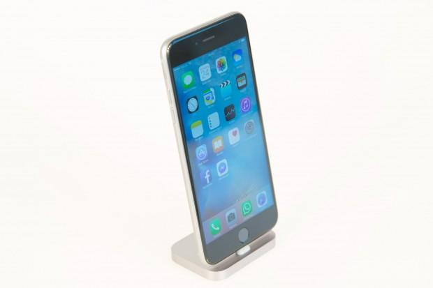 Äußerlich sieht das iPhone 6S Plus genauso aus wie sein Vorgängermodell. (Bild: Martin Wolf/Golem.de)
