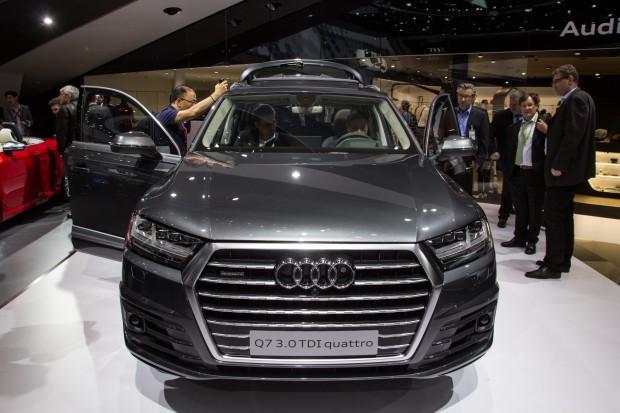 Audi setzt neben eigenen Anwendungen ebenfalls auf Carplay und Android Auto. (Bild: Tobias Költzsch/Golem.de)