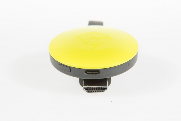 HDMI-Stecker am neuen Chromecast mit Magnetbefestigung (Bild: Martin Wolf/Golem.de)