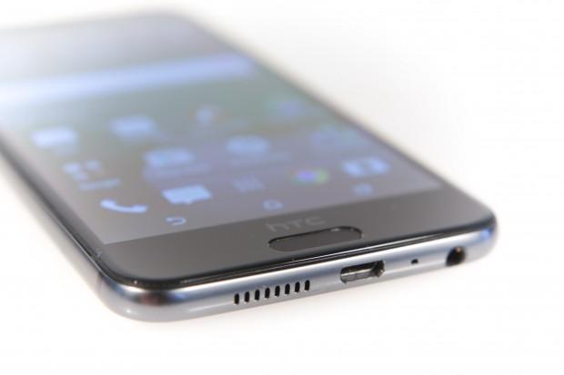 Der Fingerabdrucksensor ist in den Home-Button integriert und reagiert sehr schnell. (Bild: Martin Wolf/Golem.de)