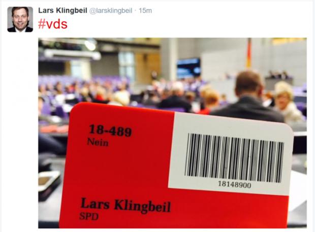 Nur wenige Abgeordnete der Koalitionsfraktionen haben gegen das Gesetz gestimmt. Quelle: Screenshot Golem.de