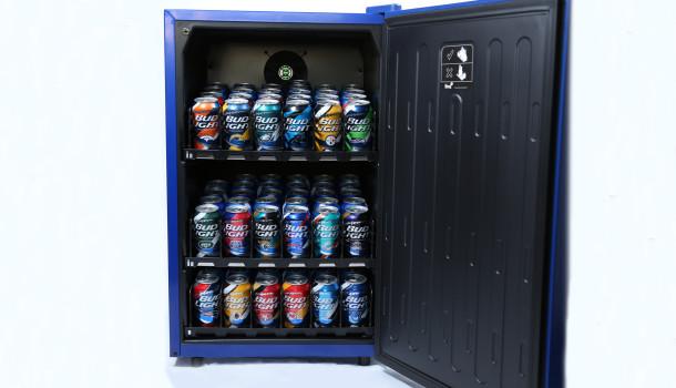 Bud Light e-Fridge: Der smarte Bierkühlschrank -