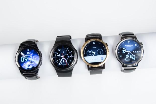 Von links nach rechts: Samsung Gear S2 Classic und Gear S2, Motorola Moto 360 und Huawei Watch (Bild: Martin Wolf/Golem.de)