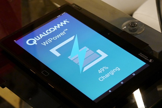 Der Snapdragon 820 unterstützt drahtloses Laden. (Foto: Marc Sauter/Golem.de)