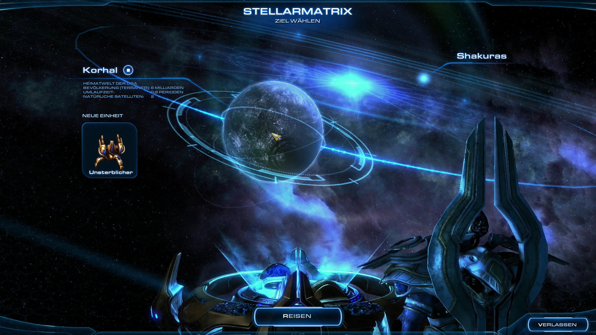 Starcraft 2 3.0 im Test: Grandioses Finale mit den Protoss - Im Kartenraum des Protoss-Flaggschiffs setzt der Spieler seinen Kurs. (Screenshot: Golem.de)