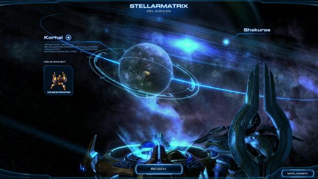 Im Kartenraum des Protoss-Flaggschiffs setzt der Spieler seinen Kurs. (Screenshot: Golem.de)