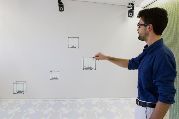 Bitdrones ist ein Display aus kleinen Coptern. (Bild: Queen's University)