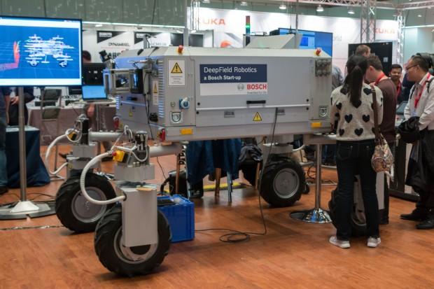 Der Landwirtschaftsroboter Bonirob von Deepfield Robotics (Foto: Werner Pluta/Golem.de)
