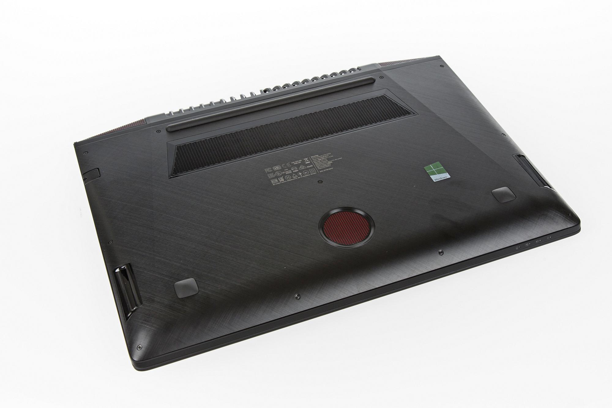 Display: AMD bringt HDMI- und Notebook-Freesync und HDR-Grafikkarten - Lenovo Ideapad Y700 (Foto: Martin Wolf/Golem.de)