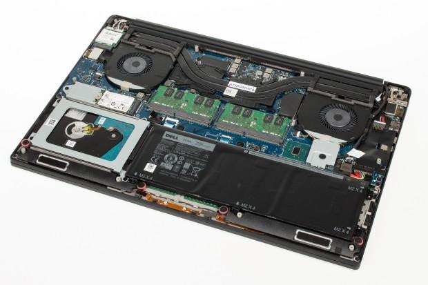 Innenleben des Dell XPS 15 (Bild: Tobias Költzsch/Golem.de)