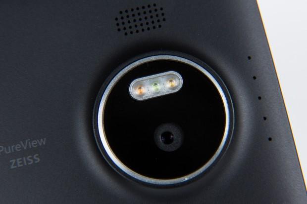 Drei LEDs sorgen für korrekte Farben. (Foto: Martin Wolf/Golem.de)
