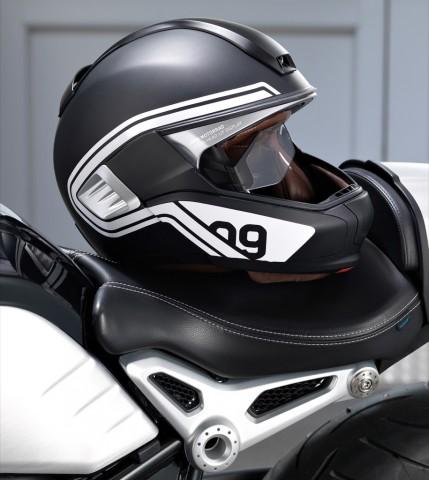 BMW-Helm mit Head-up-Display und Kamera (Bild: BMW Motorrad)