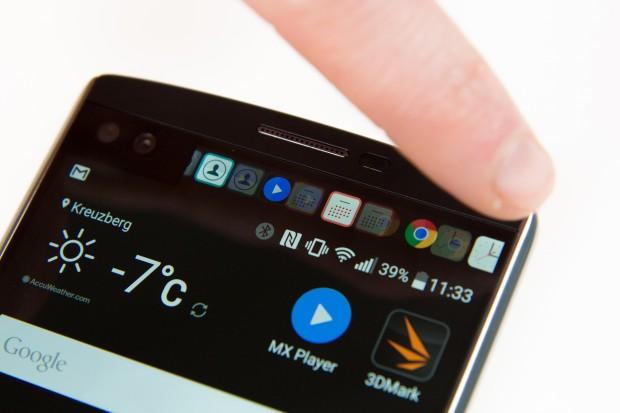 Bei eingeschaltetem Display stehen maximal sechs Bereiche auf dem Zweitdisplay zur Verfügung. (Bild: Martin Wolf/Golem.de)