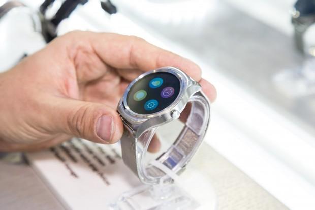 """Haiers erste Smartwatch heißt schlicht """"Watch"""". (Bild: Martin Wolf/Golem.de)"""