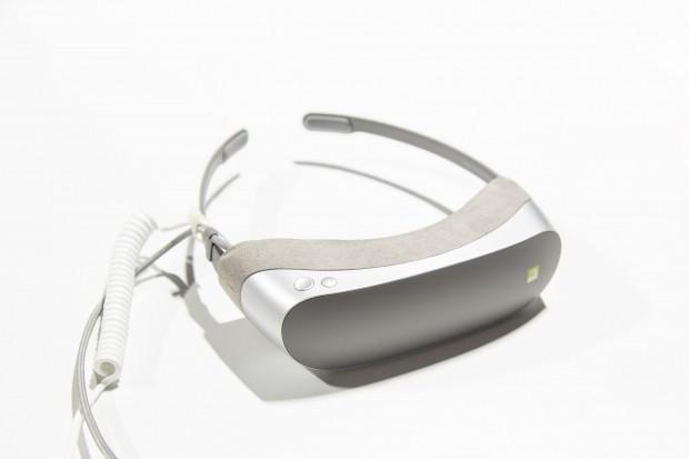 Die VR-Brille 360 VR (Bild: Martin Wolf/Golem.de)