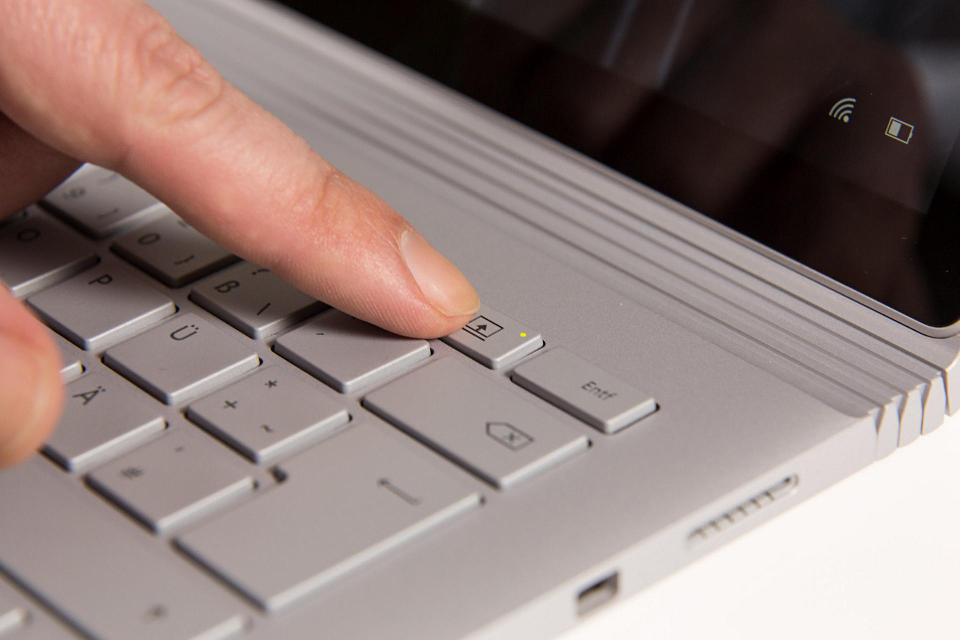 Surface Book im Test: Schon fast der ultimative Laptop - Surface Book (Foto: Martin Wolf/Golem.de)