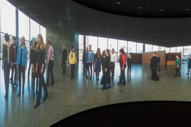Vor allem ist es aber für Sport- und Kulturveranstaltungen gedacht. Hier singt der Berliner Rundfunkchor in der Neuen Nationalgalerie. (Foto: Werner Pluta/Golem.de)