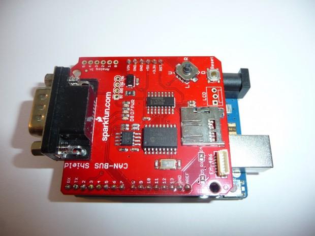 Sparkfun CAN-Bus-Shield für Arduino zur Diagnose an Bussen oder der Kommunikation über OBD-II (Bild: Mattias Schlenker)