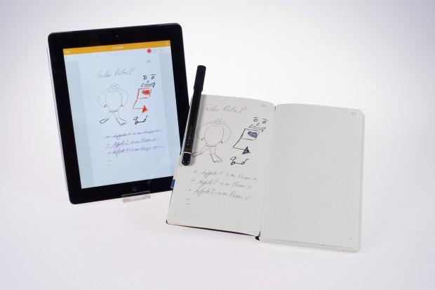 Moleskine hat mit dem Smart Writing Set ein Schreibset herausgebracht, das handschriftliche Inhalte digitalisiert. (Bild: Tobias Költzsch/Golem.de)