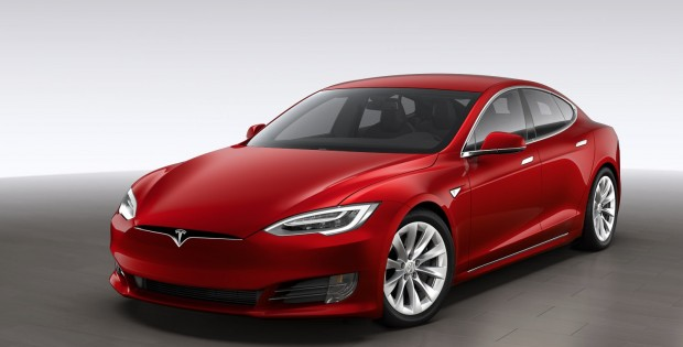 Tesla Model S Facelift 2016 (Bild: Tesla Motors)