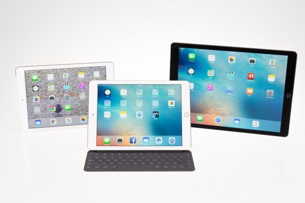 Das neue iPad Pro 9.7 in der Mitte, links das iPad Air 2, rechts das große iPad Pro (Bild: Martin Wolf/Golem.de)