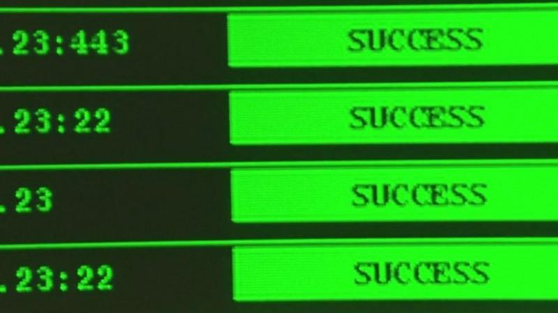 Snowden: Natural Born Knüller - Success! (Bild: Screenshot/Open Road Films)