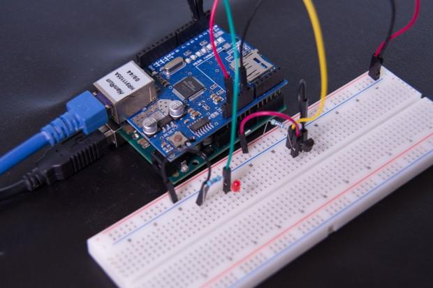 Gesamte Konstruktion der Temperaturmessstation (Foto: Martin Wolf/Golem.de)