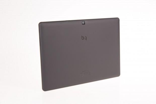 Das Tablet gibt es bereits mit Android - jetzt liefert der Hersteller BQ es auch mit Ubuntu für Mobilgeräte aus. (Bild: Martin Wolf/Golem.de)