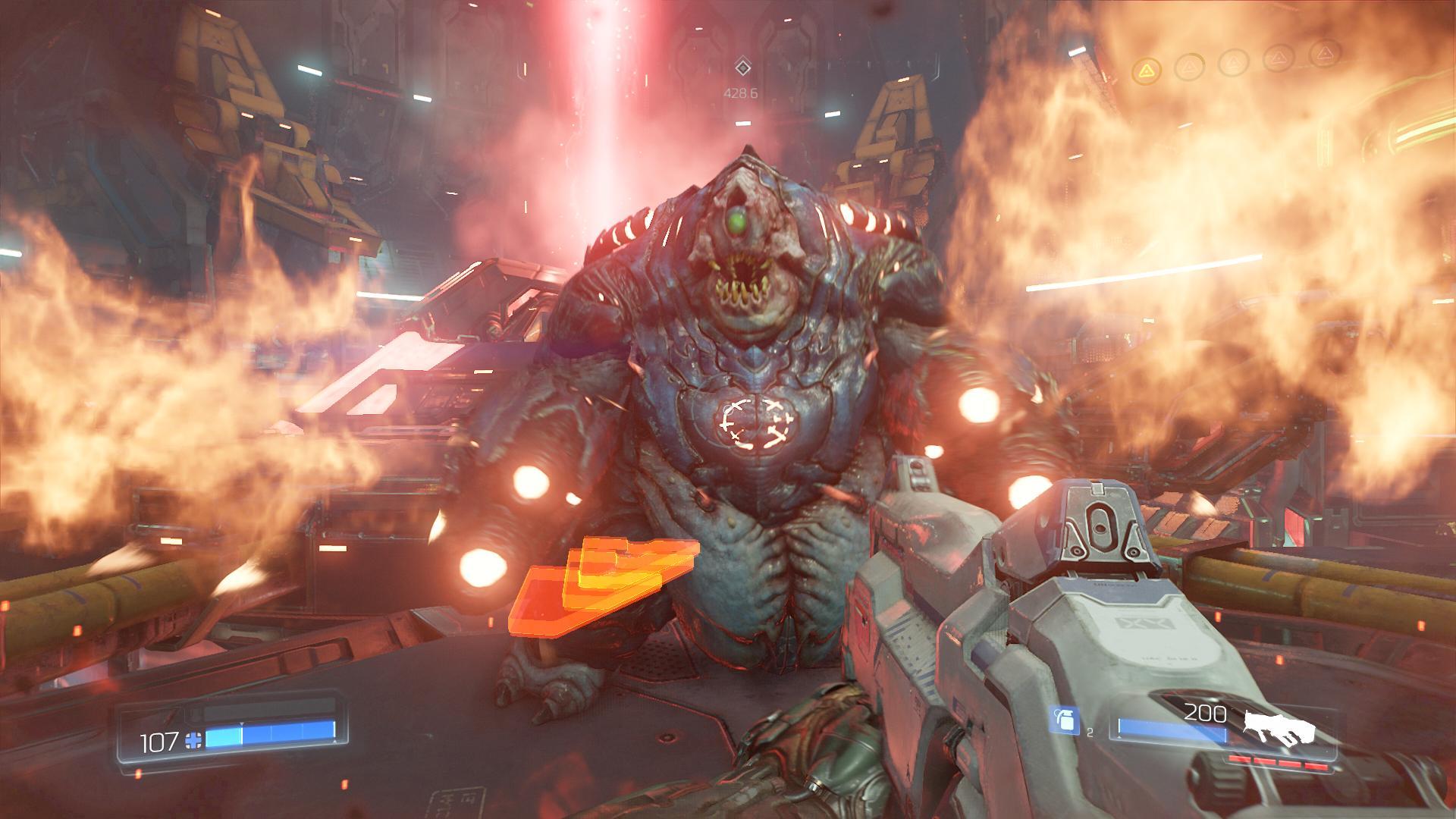Doom im Test: Die beste blöde Ballerorgie - Mit zwei Flammenwerfern greift uns dieser dicke Brocken an... (Screenshot: Golem.de)