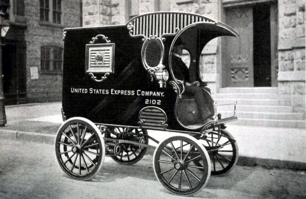 E-Auto im Jahr 1900 (Bild: Clinton Edgar Woods/public domain)