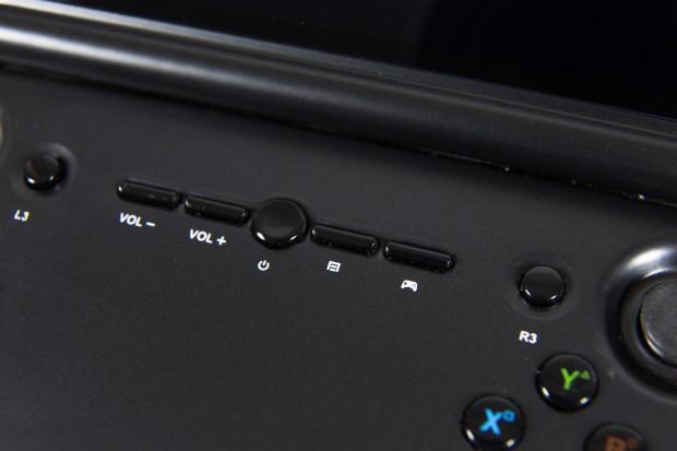 """Die """"Gamepadtaste"""" blendet ein Menü ein, mit dem Toucheingaben auf die Hardwarebuttons umgelegt werden können. (Bild: Martin Wolf/Golem.de)"""