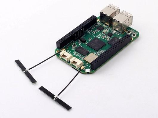 Beaglebone Green Wireless mit externen Antennen (Bild: Exp-Tech)