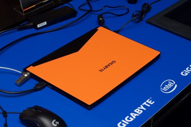 Gaming-Notebooks gibt es von Gigabyte und ... (Foto: Andreas Sebayang/Golem.de)
