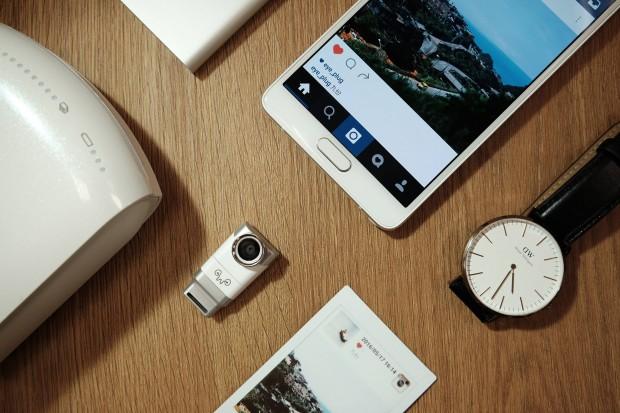 Die Ansteckkamera Eye-Plug fürs Smartphone (Bild: Weeview)