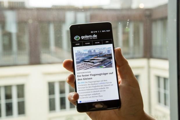 Das Oneplus Three kann als erstes Oneplus-Smartphone ohne Einladungssystem bestellt werden. (Bild: Tobias Költzsch/Golem.de)