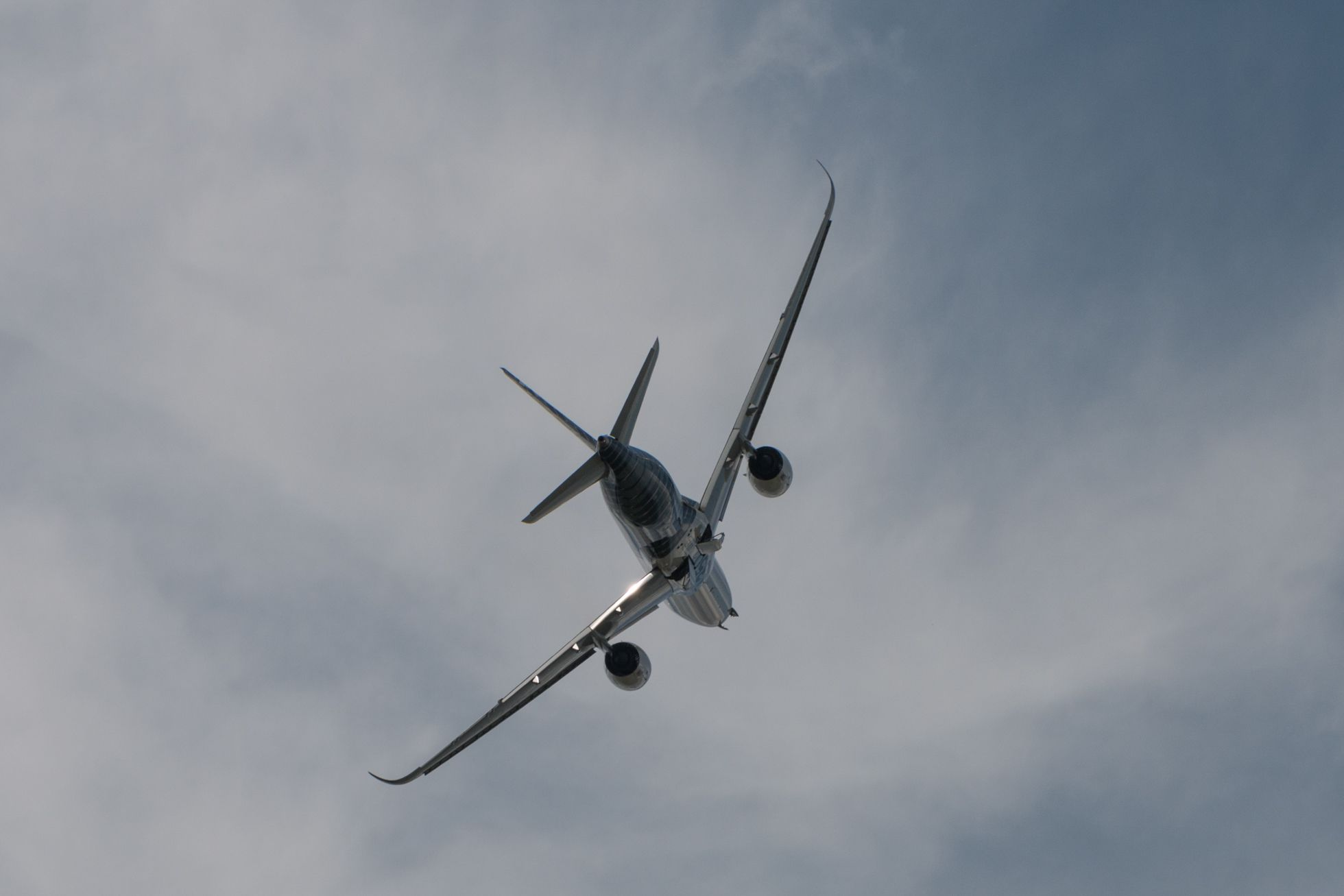 Luftfahrt: Drohnen, Schwerelosigkeit und ein Flieger aus dem 3D-Drucker - .... zeigt unter anderem den A350. (Foto: Werner Pluta/Golem.de)