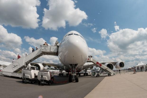 Der Airbus A380 auf der Ila 2016: Viele Besucher standen an, um das Flugzeug von innen zu sehen. (Foto: Werner Pluta/Golem.de)