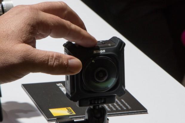Nikons Panoramakamera Key Mission 360 (Foto: Werner Pluta/Golem.de)