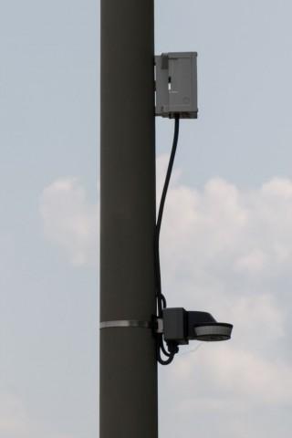 Smart Lighting: Bewegungssensoren an Laternenpfählen steuern die Beleuchtung. (Foto: Werner Pluta/Golem.de)
