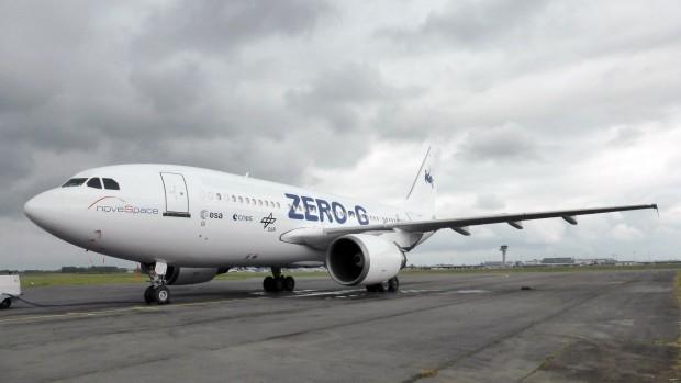 Der Airbus A310 Zero G auf dem Flughafen Bordeaux-Mérignac. Dort ist er stationiert. (Foto: DLR, CC-BY 3.0)