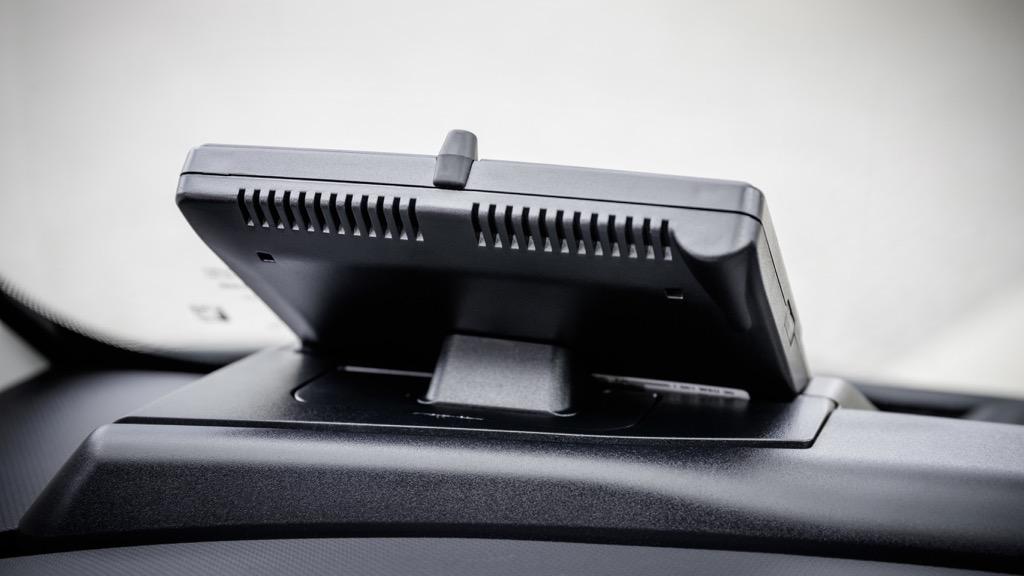 In-Car-Delivery: DHL macht den Smart zur Paketstation -