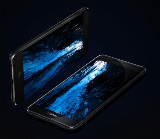 Das Display hat eine Auflösung von 1.920 x 1.080 Pixeln und ist 5,2 Zoll groß. (Bild: Honor)