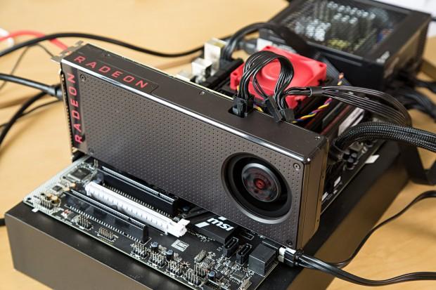 Radeon RX 480 auf MSIs 970A SLI Krait mit FX-6300 (Bild: Martin Wolf/Golem.de)