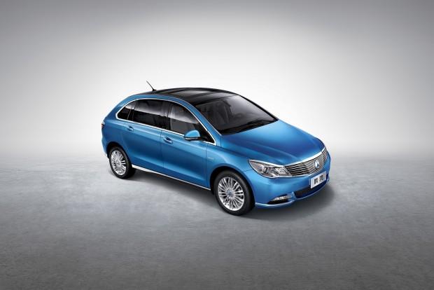 Denza 400 (Bild: Daimler)