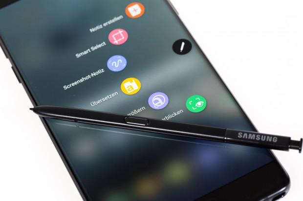 Das neue Galaxy Note 7 von Samsung kommt wieder mit einem Digitizer, der zusätzliche Funktionen bekommen hat. (Bild: Tobias Költzsch/Golem.de)